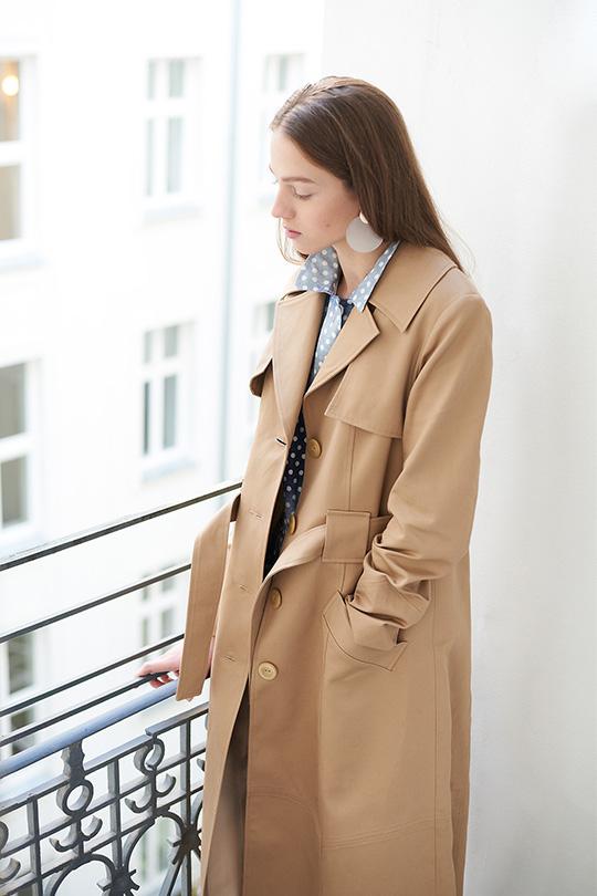 trench coat edytorial
