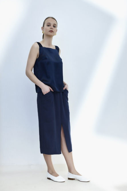 Straight line skirt
